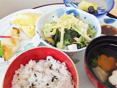 低カロリーの食事
